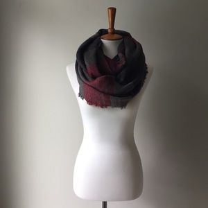 Francesca's Plaid Navy Red Fringe Infinity Scarf